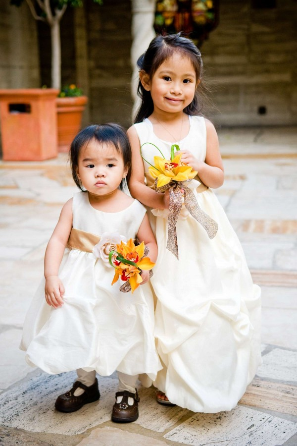 San Diego Wedding Photography: True Photography captures cute flower girls before wedding ceremony