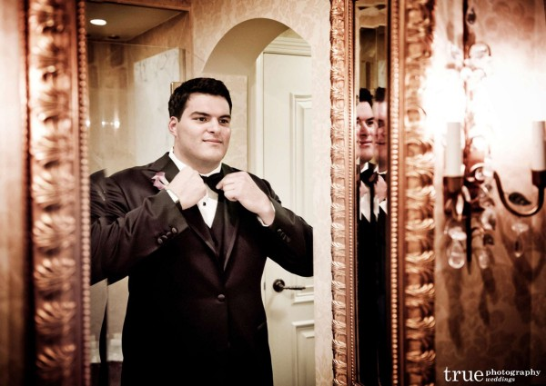 Groom-Getting-Ready-for-Wedding-at-The-Grand-Del-Mar