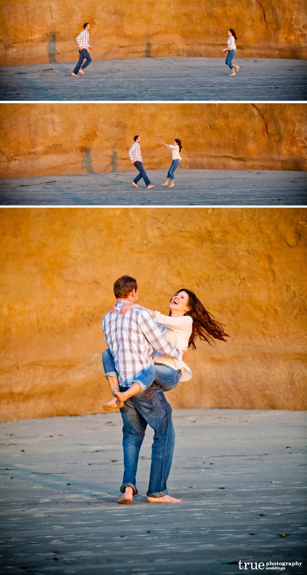 San Diego Wedding Photography: Beach engagement photos in San Diego