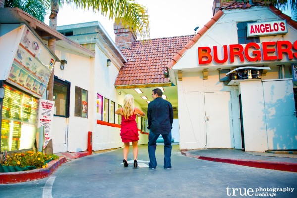 San Diego Wedding Photography: Fun engagement photos in San Diego