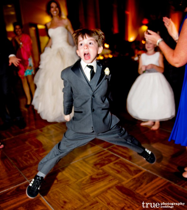 San Diego wedding DJ makes people of all ages dance