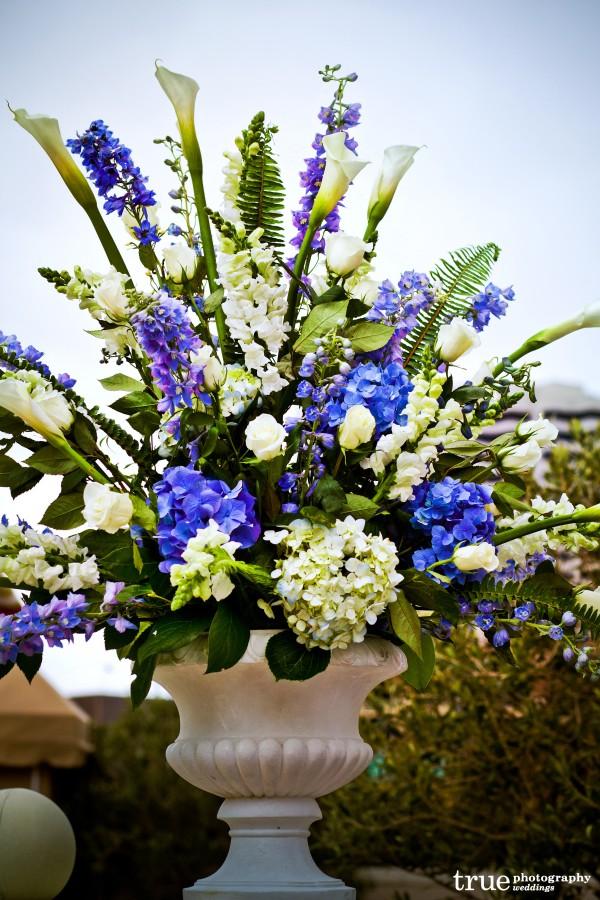 San Diego wedding flowers by Elegant Touch Floral Designs