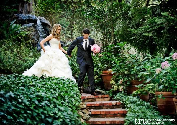 Wedding-Florals-by-The-Hidden-Garden