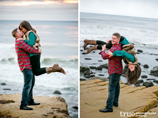 Beach-engagement-shoot-in-Point-Loma