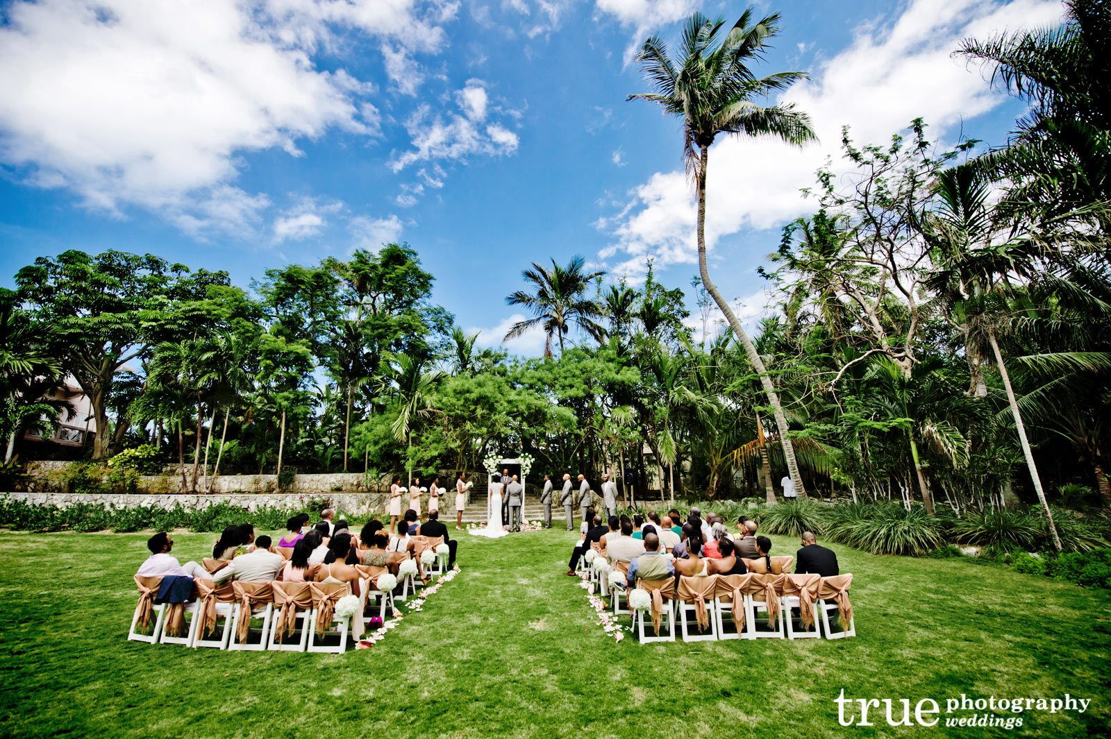 a destination wedding on a cruise to the bahamas