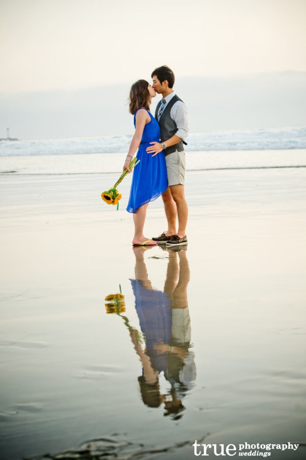 San-Diego-Engagement-Photos-at-Mission-Beach