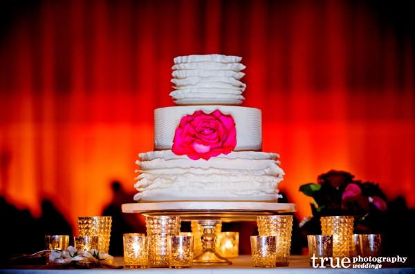 Scripps-Seaside-Forum-Wedding-Cake-by-Sweet-Cheeks-Baking-Co