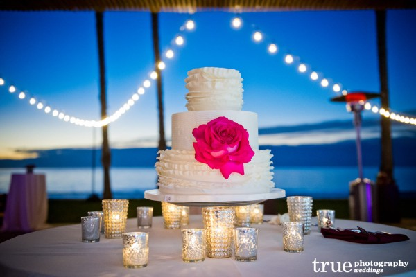 Scripps-Seaside-Forum-Wedding-Cake-by-Sweet-Cheeks-Baking-Co