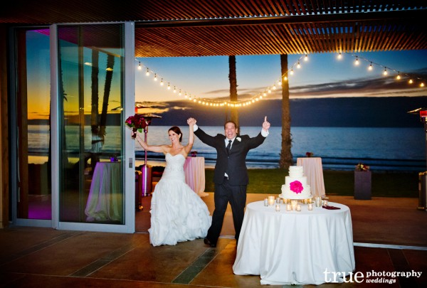 Sweet-Cheeks-Wedding-Cakes-at-Scripps-Seaside-Forum