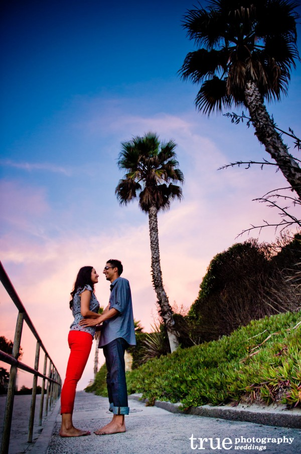 Engagement-Photos-in-Solana-Beach-San-Diego-