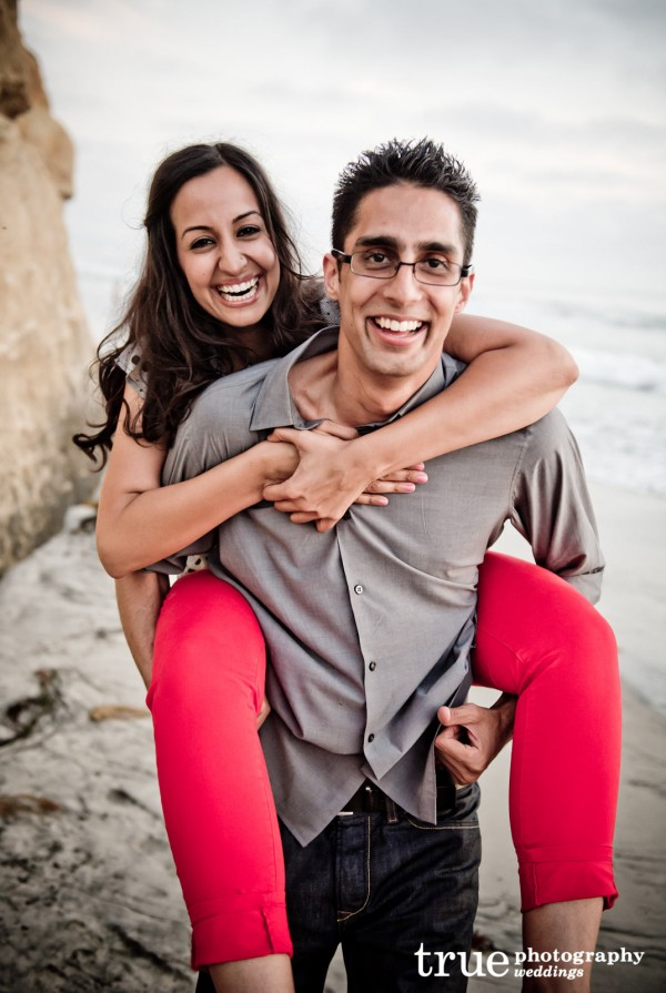 Engagement-Photos-in-Solana-Beach-San-Diego