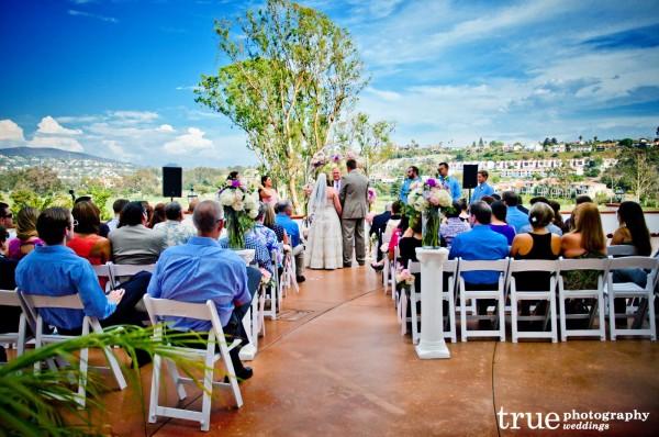 _La-Costa-Resort-Wedding-Flowers-by-Moments-in-Bloom--