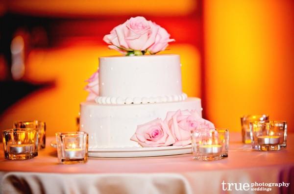 La-Costa-Resort-Wedding-Flowers-by-Moments-in-Bloom--