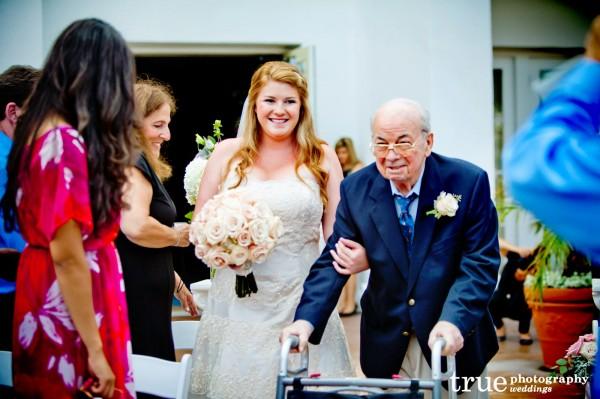 _La-Costa-Resort-Wedding-with-Moments-in-Bloom-