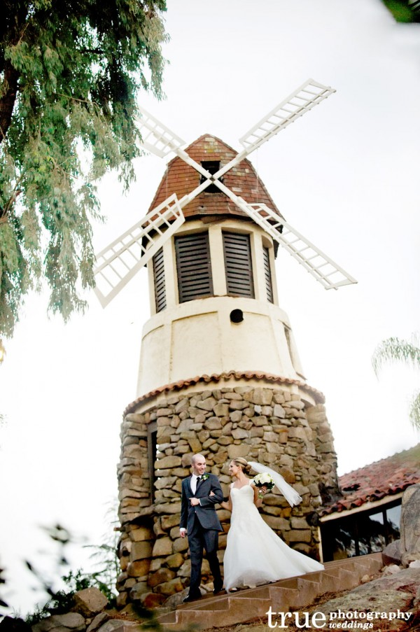 Wedding-at-Mt.-Woodson-Castle