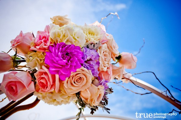 Wedding-florals-by-Moments-in-Bloom-at-La-Costa-Resort
