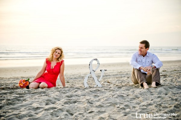 _Engagement-Photo-Shoot-on-the-Beach-San-Diego