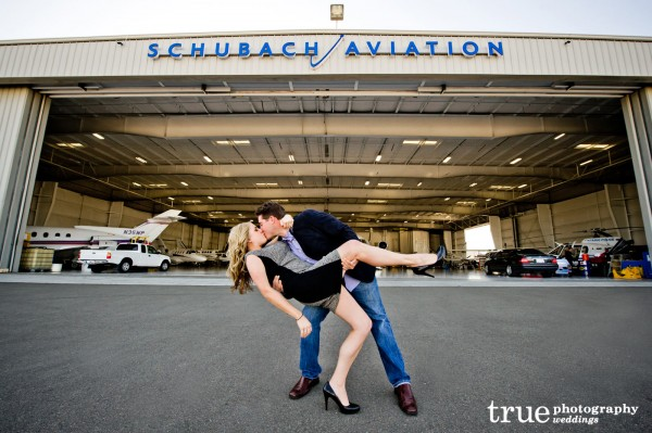 Engagement-Shoot-on-an-Airplane-in-San-Diego-