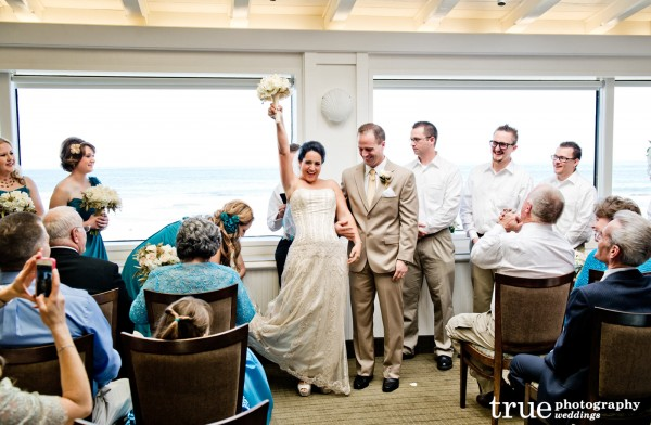 Wedding-at-The-Marine-Room-in-La-Jolla-with-Ceremonies-by-Bethel