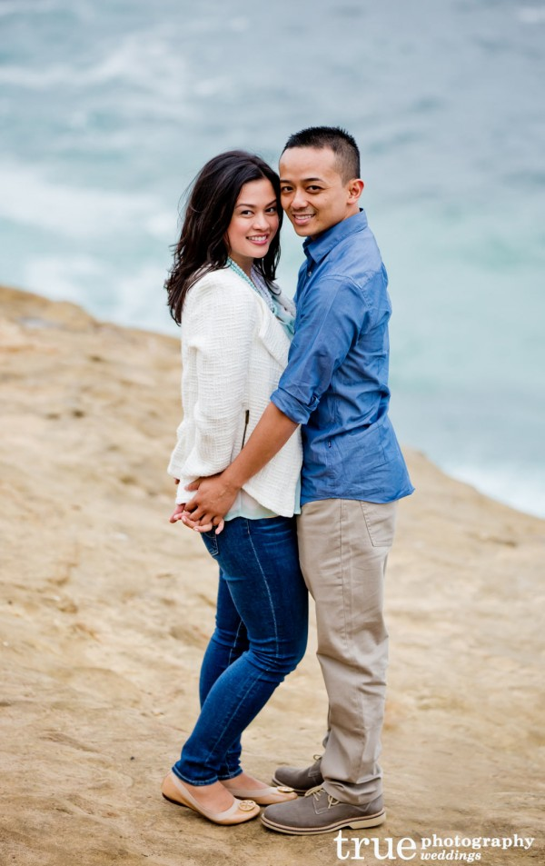 Beach-Engagement-Shoot-in-La-Jolla
