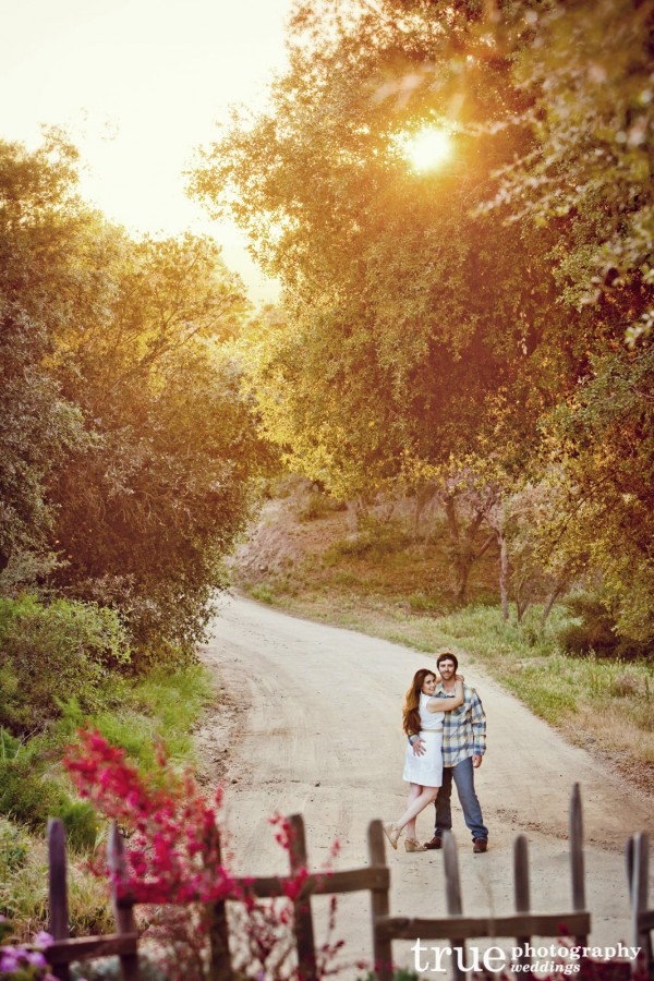 Engagement-Photos-at-Keys-Creek-Lavendar-Farms