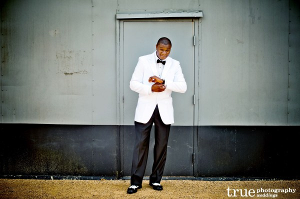 New-Orleans-Groom-Wedding-Attire