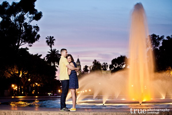 San-Diego-Engagement-Shoot-at-Balboa-Park-Fountain
