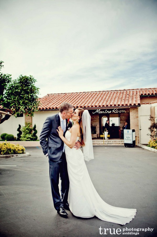 _-San-Diego-Wedding-Makeup-by-Valerie-Vonprisk