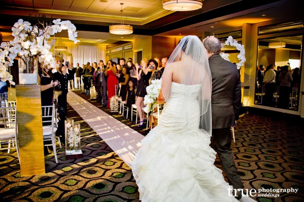 bride-dad-walking-down-aisle