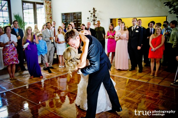 bride-groom-first-dance-dip