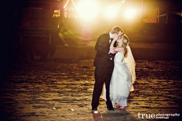 bride-groom-night-shot