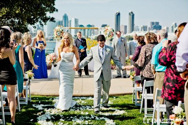 bride-groom-walking-down-aisle