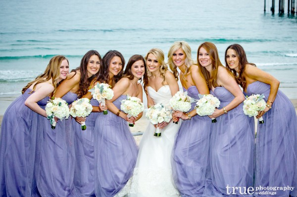 bridesmaids-lavender-dresses