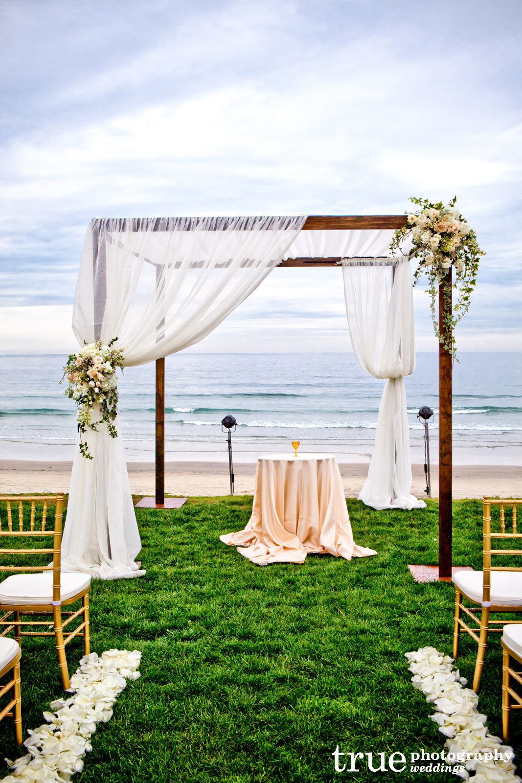 A Wedding At Scripps Seaside Forum Coordinated By I Do