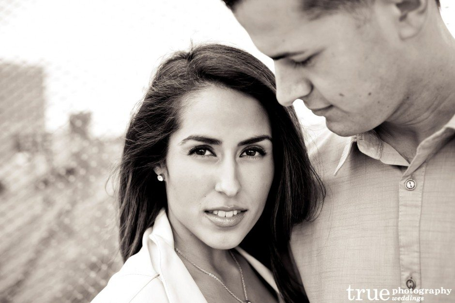 Downtown-San-Diego-Engagement-Photos-