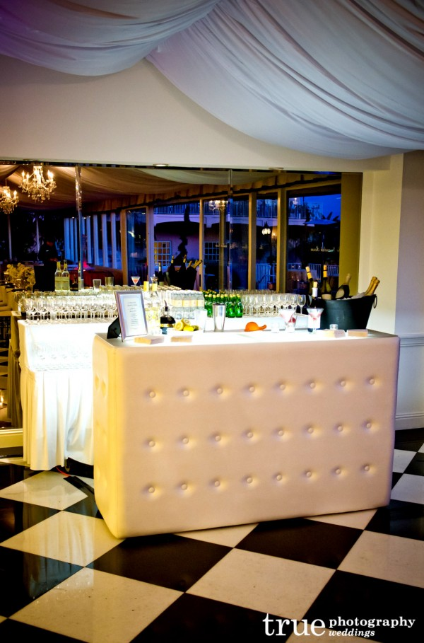 White Bar by_Lounge-Appeal-San-Diego-Rentals-