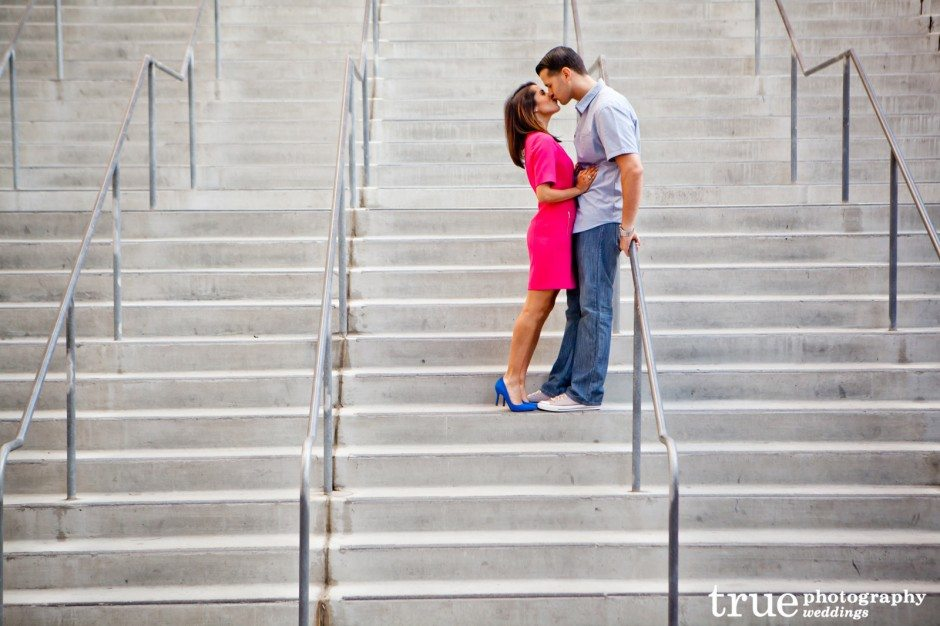 _San-Diego-Engagement-Photo-Shoot-PETCO-Park
