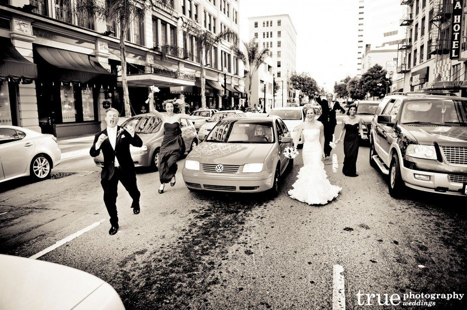 bridal-party-in-the-street