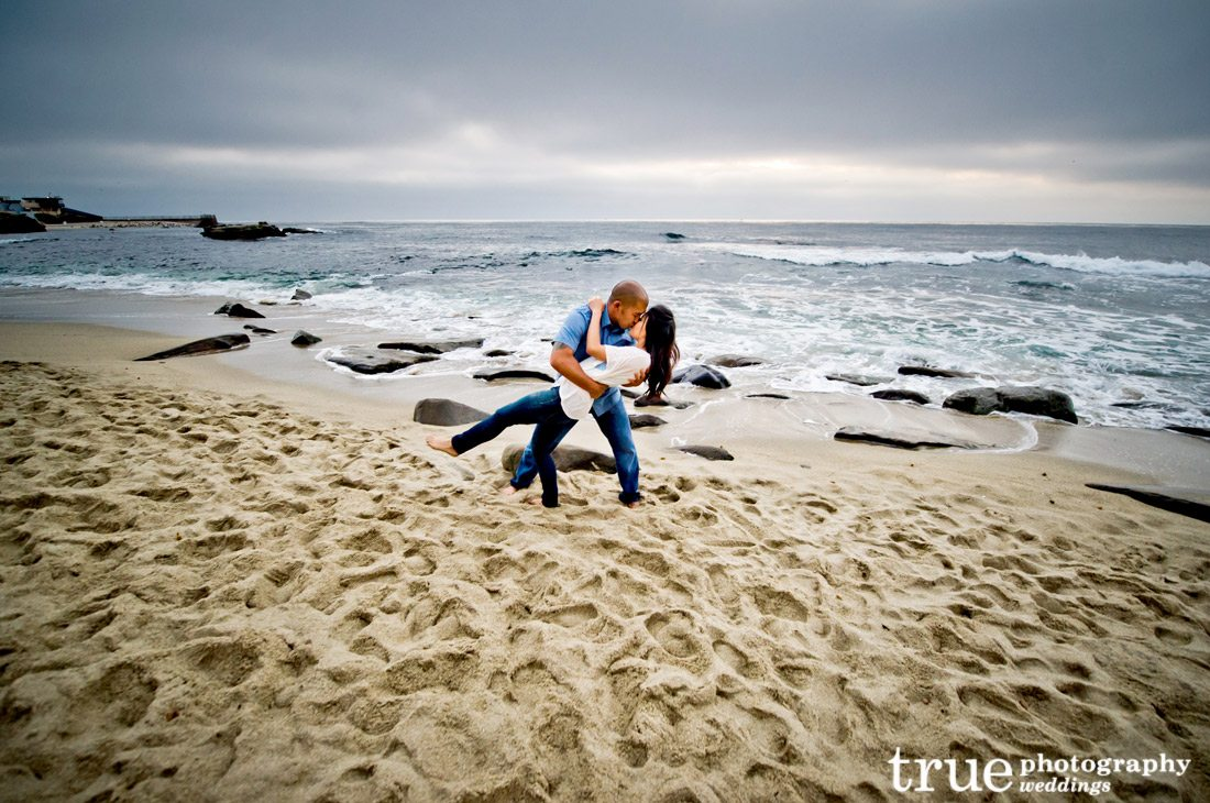 An-engagement-photo-shoot-in-San-Diego-