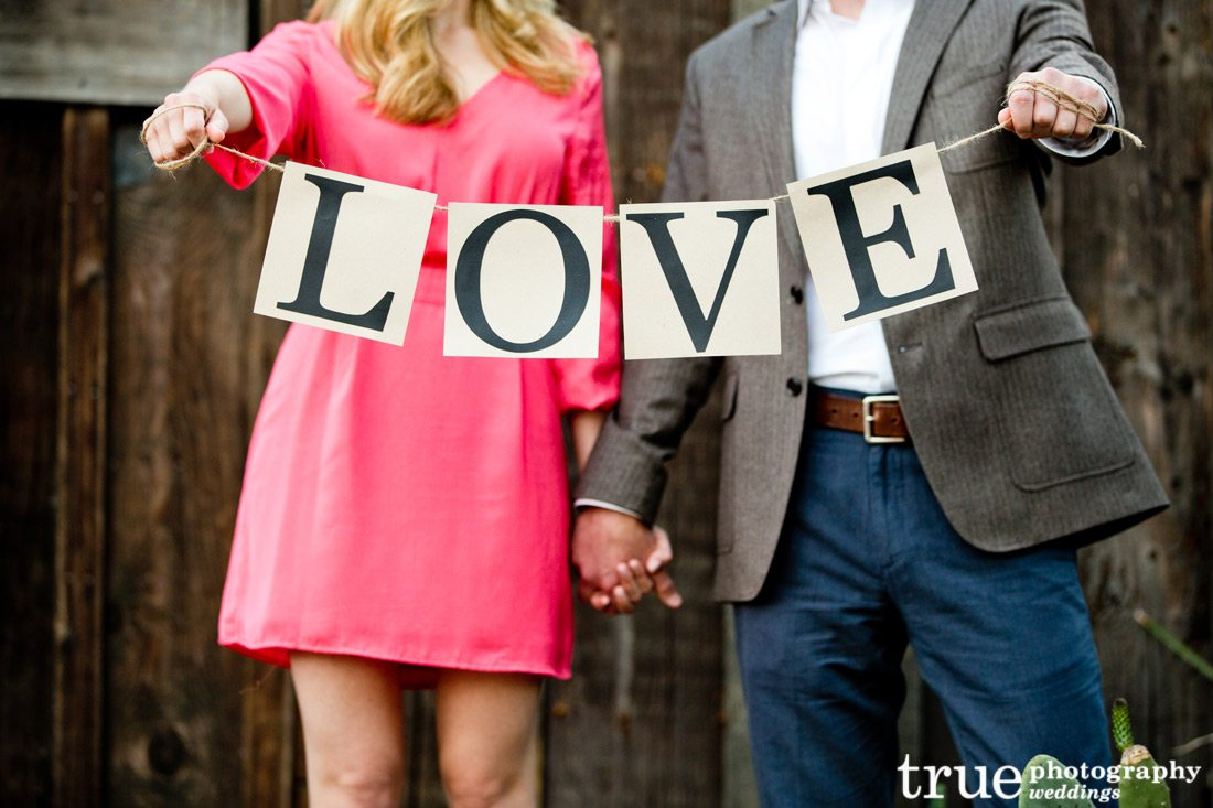San-Diego-Wedding-Photography-with-LOVE-sign