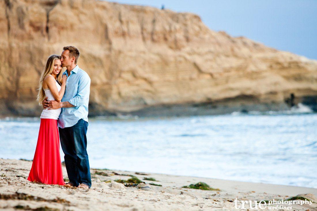 Sunset-Cliffs-Engagement-Photos