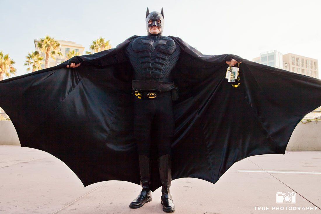 comic-con 2014 day 1 batman with festival pass