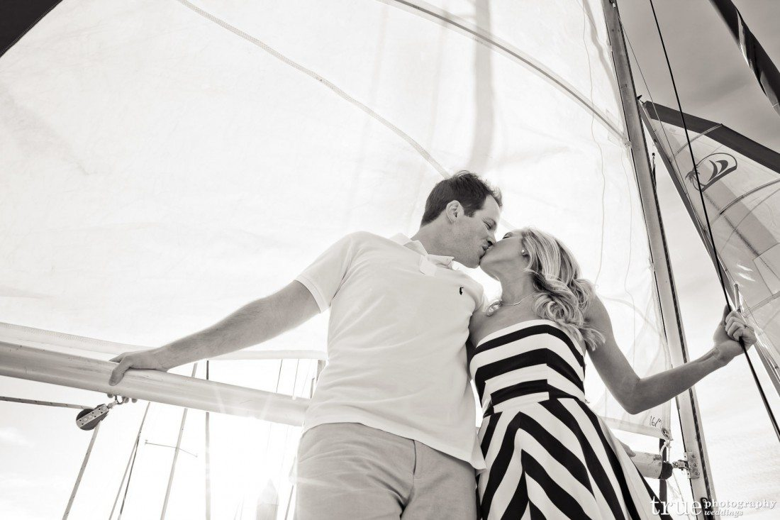 engagement shoot b&w boat Ashlee_Jeff