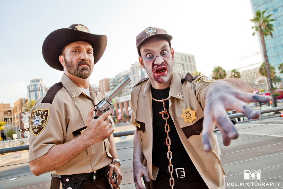 Comic-con 2014 walking dead sheriff zombie
