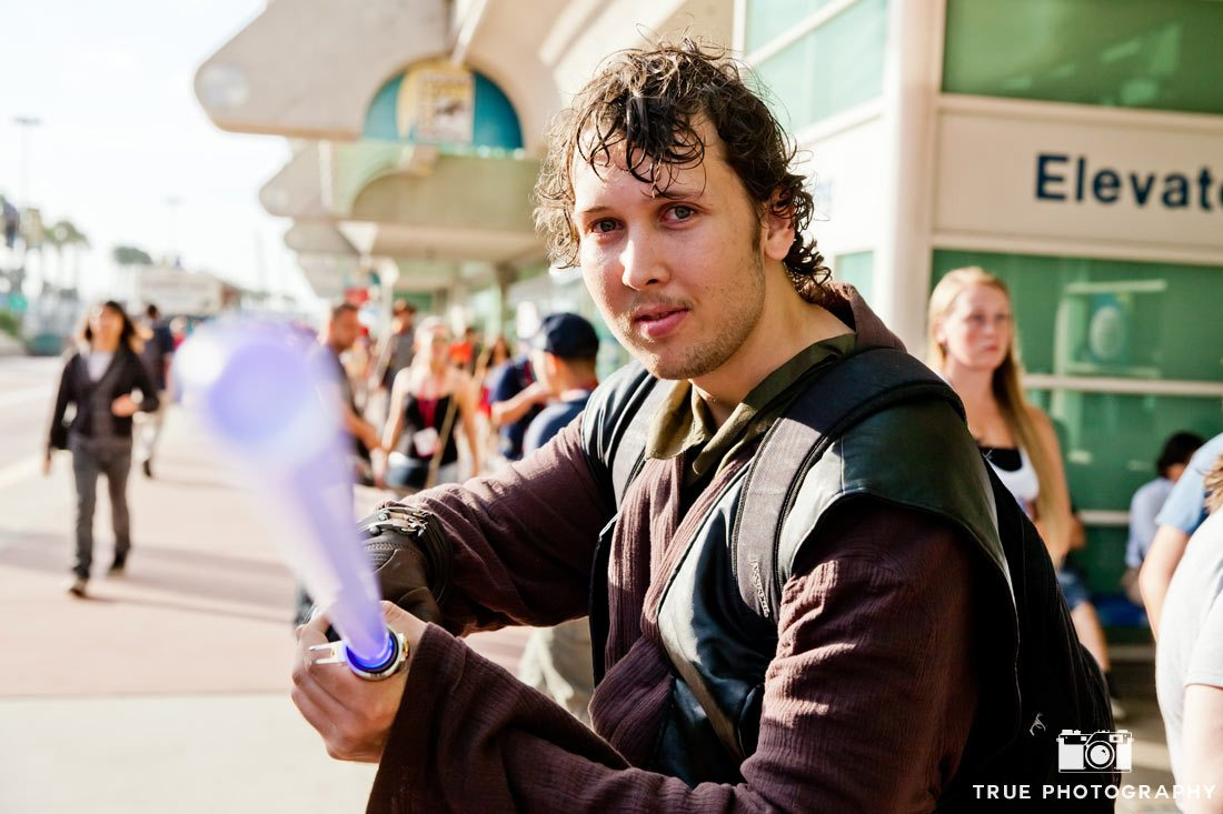 Comic-con 2014 jedi lightsaber action