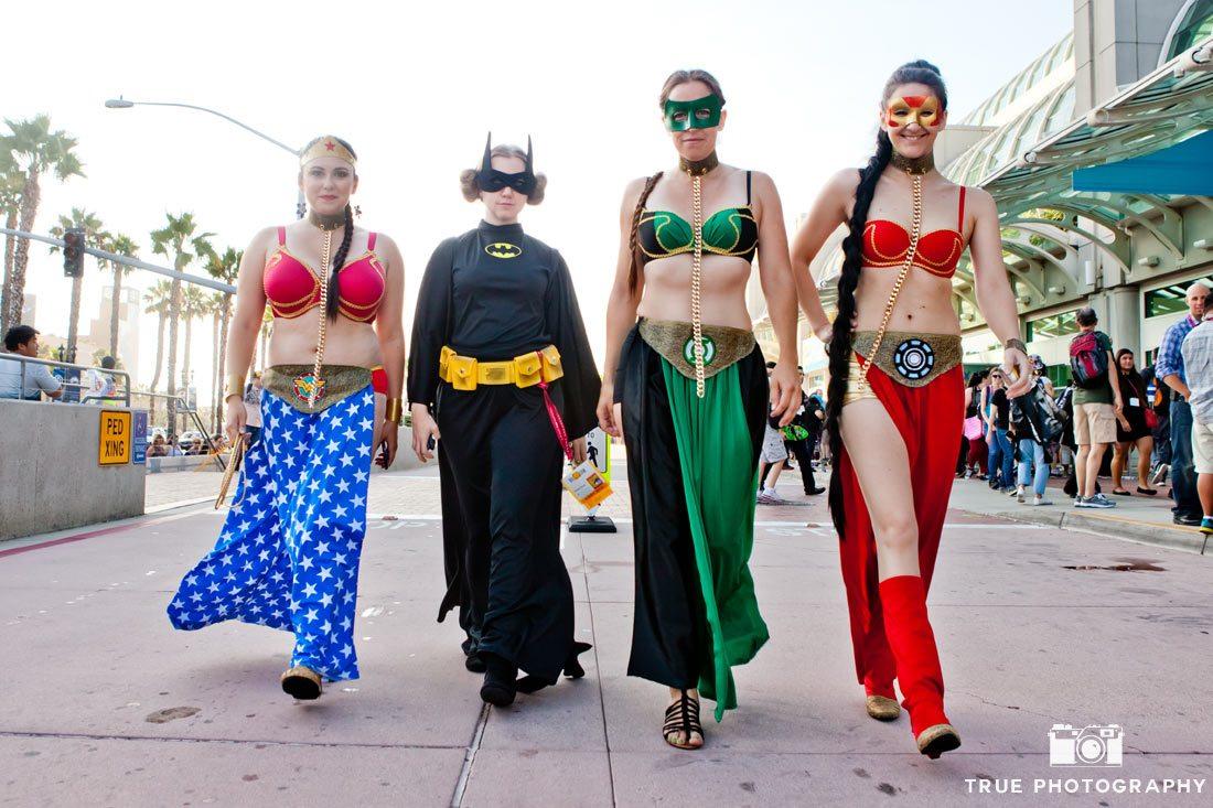 Comic-con 2014 superhero girls women walking