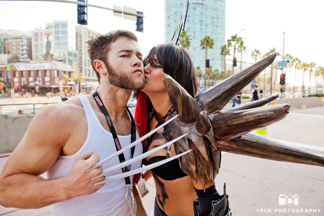 Comic-con 2014 wolverine kiss costume