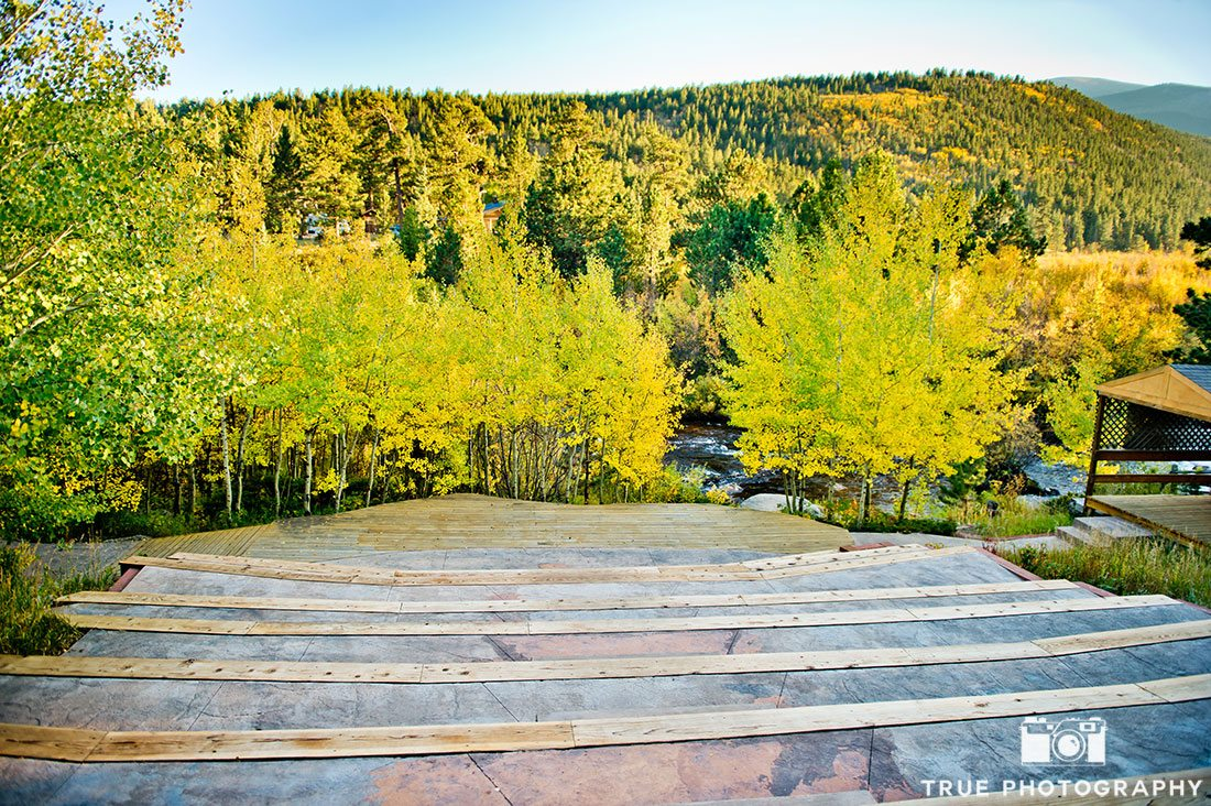 Wild Basin Lodge beautiful outdoor mountain wedding