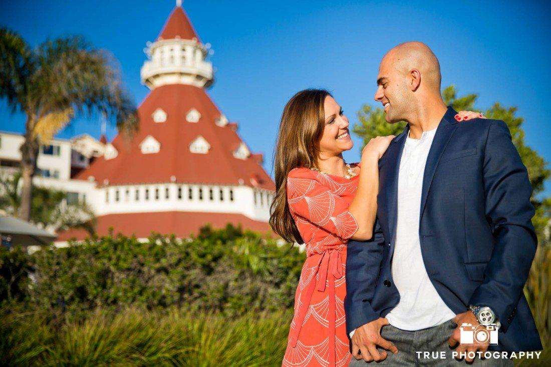 Hotel Del Coronado backdrop of engagement shoot