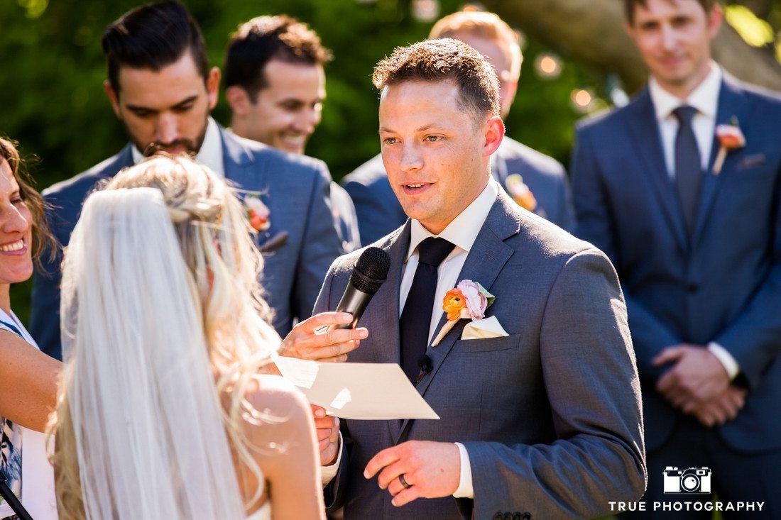 groom giving speech at ceremony